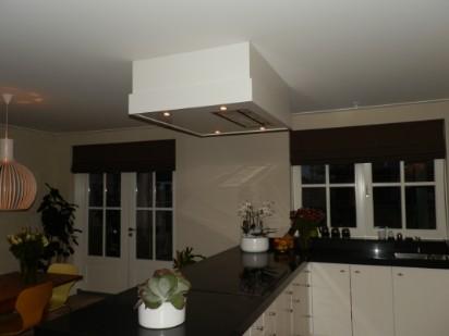 Plafond Afzuigkap Keuken : Complete keukens keukenrenoveren
